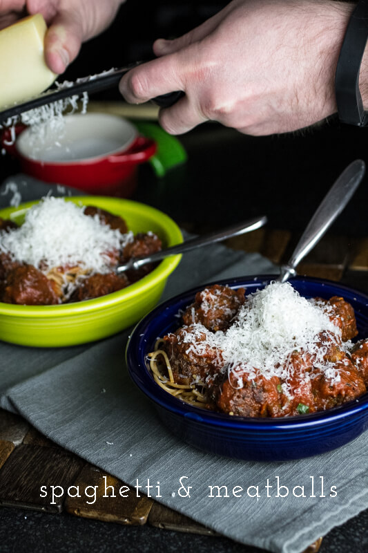This easy spaghetti and meatballs tastes like traditional spaghetti and meatballs but it's easy enough to make on a weeknight! | recipe from chattavore.com
