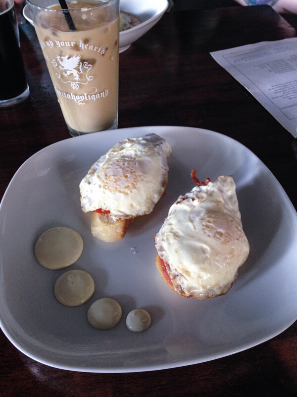 The Bitter Alibi just celebrated their one-year anniversary, and my how they've grown! They've expanded their space and now they are serving brunch! | chattavore.com