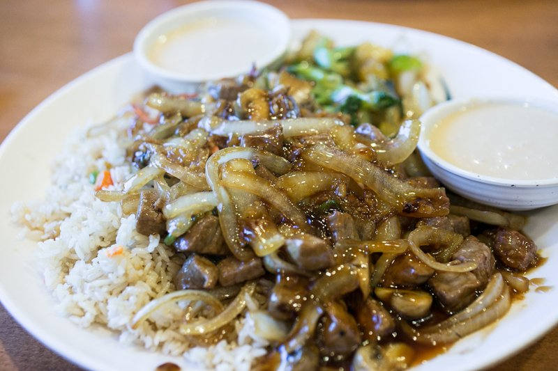 Teriyaki House in East Ridge, Tennessee, serves quick and inexpensive hibachi-style food in a friendly and casual atmosphere. | restaurant review from Chattavore.com