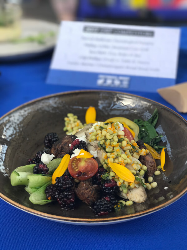I had the opportunity to be a judge at Sunday's Five Star Food Fight 2017 at the Chattanooga Market!