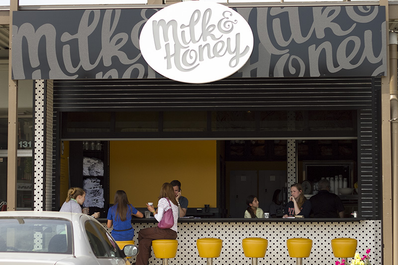 Milk & Honey is a popular spot on Chattanooga's North Shore serving breakfast, lunch, gelato, sorbet, housemade paletas (popsicles), & a variety of drinks. | restaurant review from Chattavore.com