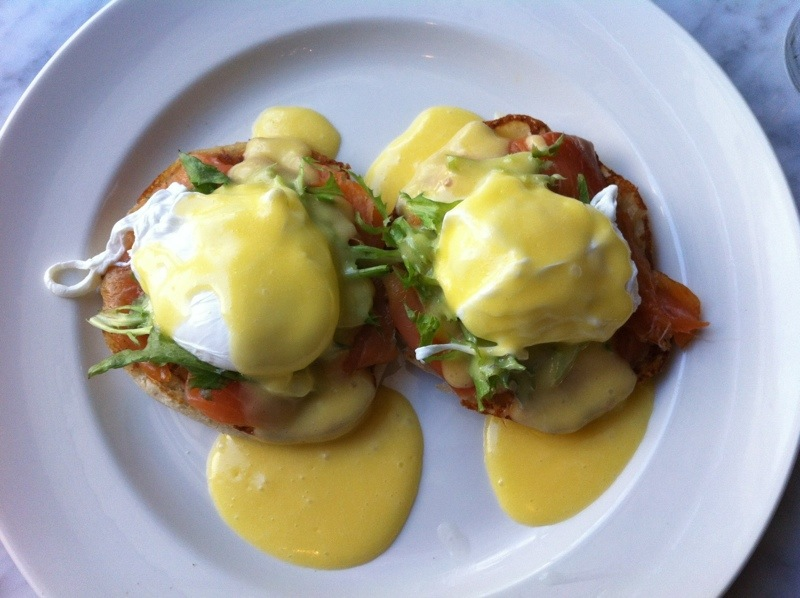 Easy Bistro, an upscale restaurant located in downtown Chattanooga near the Tennessee Aquarium and the Tennessee River, serves amazing brunch!