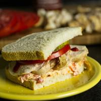 Chicken & Pimento Cheese Sandwich aka the Piminnie Pearl