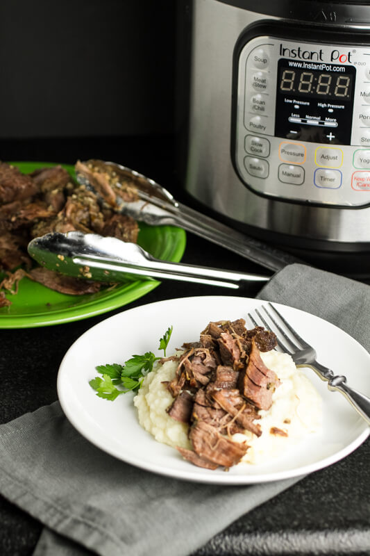 how to cook a small roast in a slow cooker